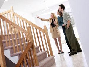 Зачем нужны услуги риелтора и юриста по недвижимости?