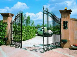 Преимущества автоматических ворот для приусадебного участка