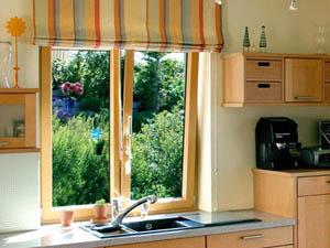 Деревянные окна в Питере для загородных домов