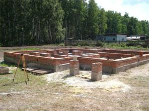 Строительство фундамента на загородном земельном участке