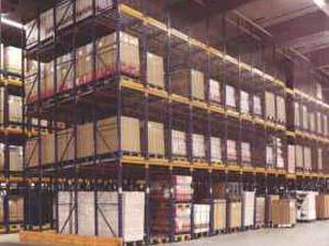 Разборные стеллажи для загородных складских помещений