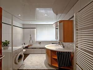 Установка натяжных потолков в ванных комнатах и бассейнах