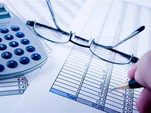 Кредитный калькулятор поможет рассчитать платежи по кредиту на строительство загородного дома