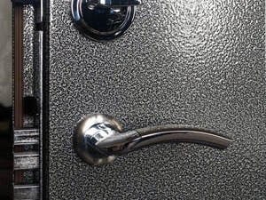 Спокойствие и безопасность за стальными дверями