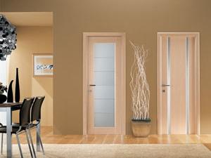 Загородная недвижимость нуждается в дверях «Ростра»