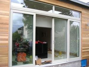 Окна Алупласт для загородной недвижимости