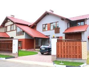 Купить дом по Киевскому шоссе в компании Ай да дача