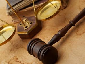 Помощь адвоката при жилищных спорах