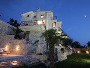 Недвижимость в Черногории: особенности и цены