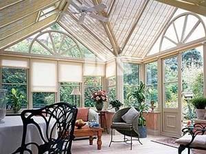 Маркизы и солнцезащитные шторы для зимних садов
