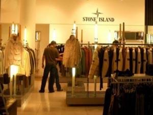 Одежда Stone Island – стиль инноваций для загородного дома