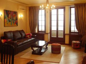 Сдам трехкомнатную квартиру посуточно в Киеве