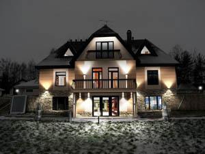 Подсветка фасадов загородных домов от ООО «Архитектурный Cвет»