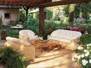 Купить диван недорого для дачного дома