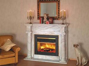 Декоративный камин с имитацией пламени