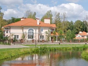 Портал недвижимости поможет продать или купить загородный дом