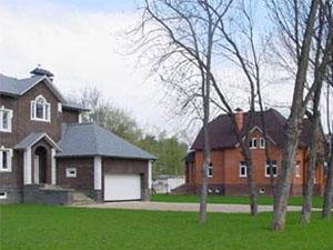 Ассортимент недвижимости в коттеджных поселках Подмосковья