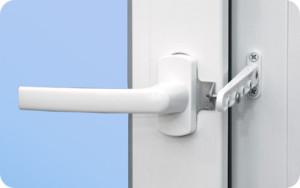 Гребенка – система проветривания для окон ПВХ в загородном доме