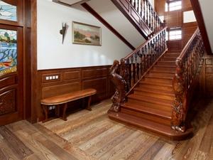 Изготовление лестниц на заказ для коммерческих и частных структур