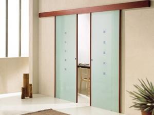 Надежные и практичные раздвижные двери для коттеджа