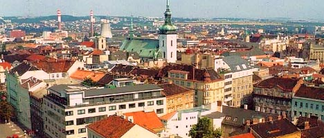 Цены на жилую недвижимость и земельные участки Чехии